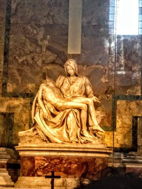 Pieta St Peter's Basilica Michelangelo
