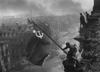 Raising a Flag Over the Reichstag, Fair Use