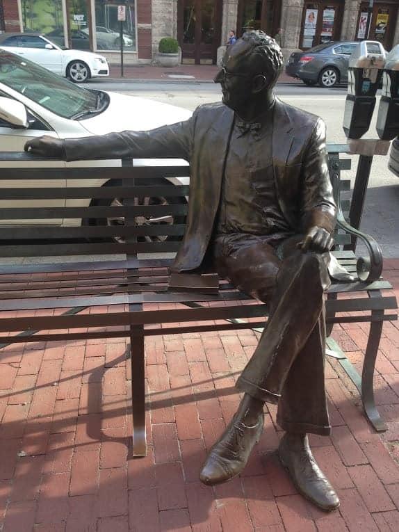 Charlie Farnsley statue louisville