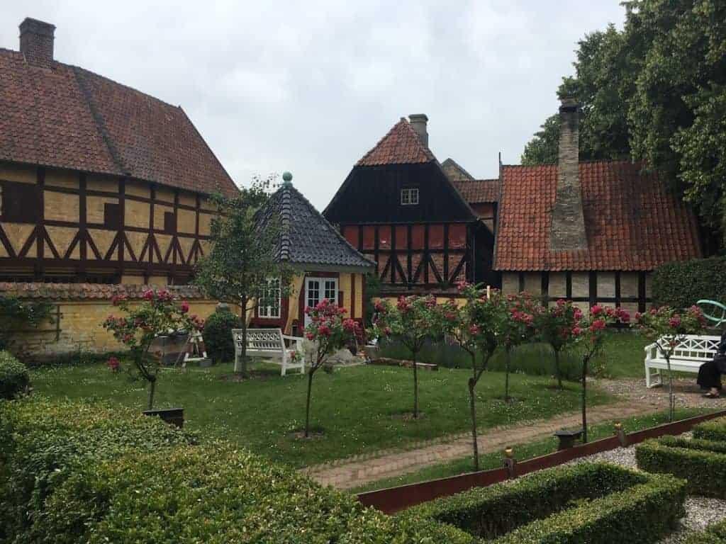 den gamle by garden