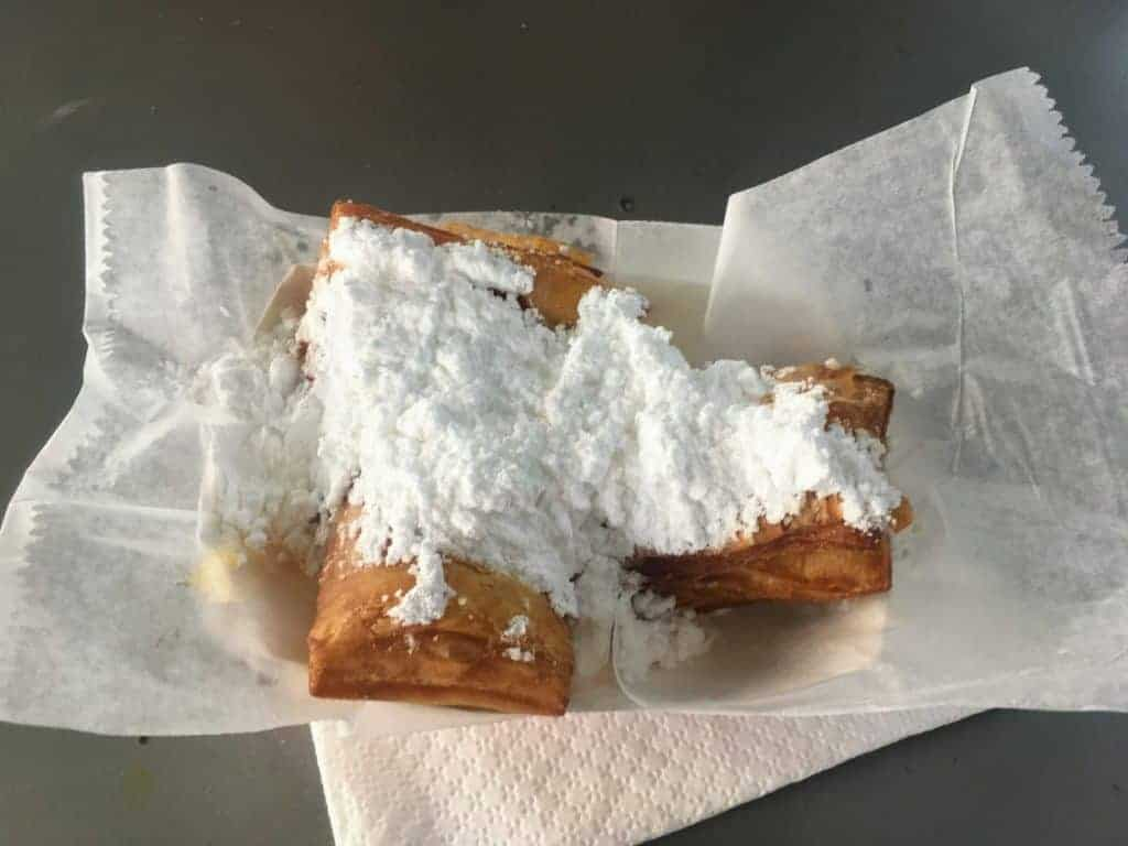 French Market New Orleans beignets