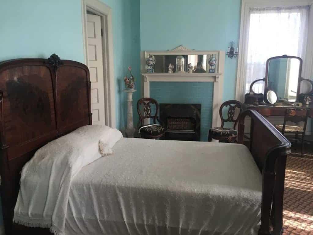 Overholser Mansion Bedroom