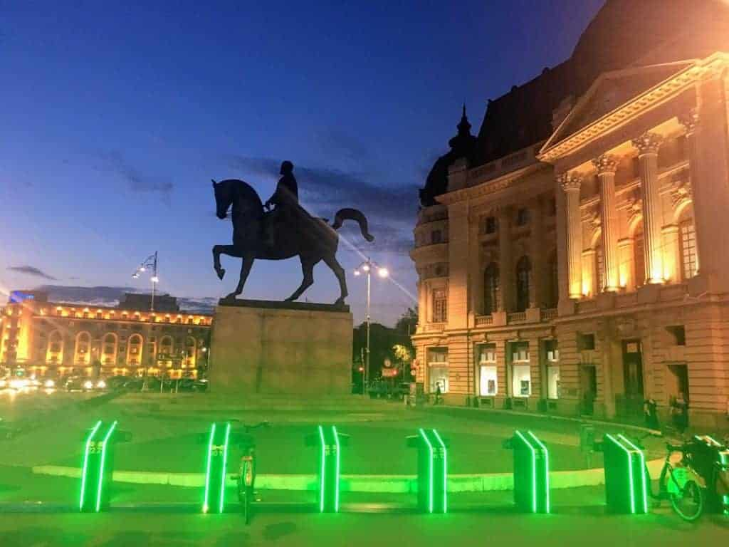 24 hours in Bucharest night