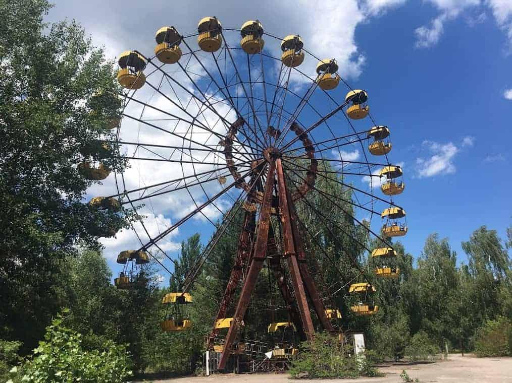 pripyat ukraine chernobyl ferris wheel