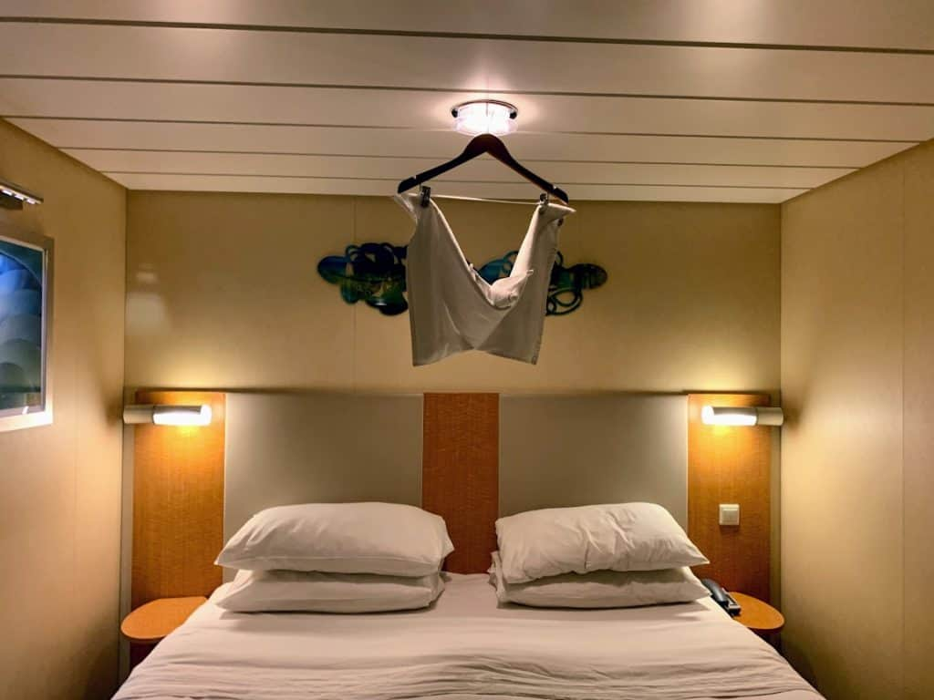 royal caribbean towel bat