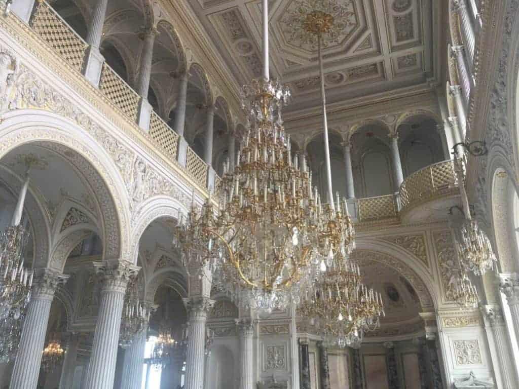 chandelier hermitage museum