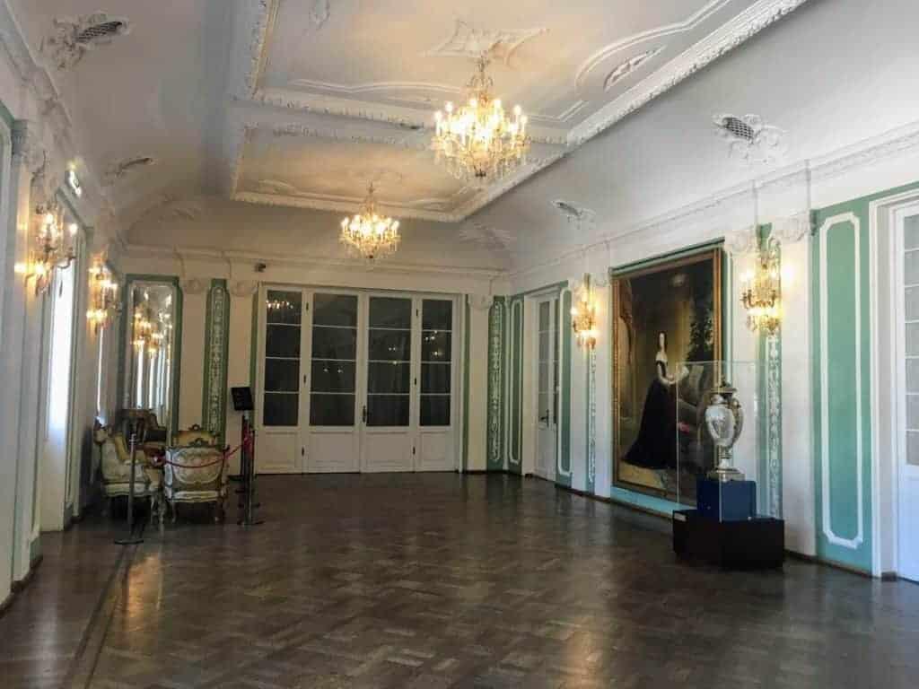 kadriorg palace interior
