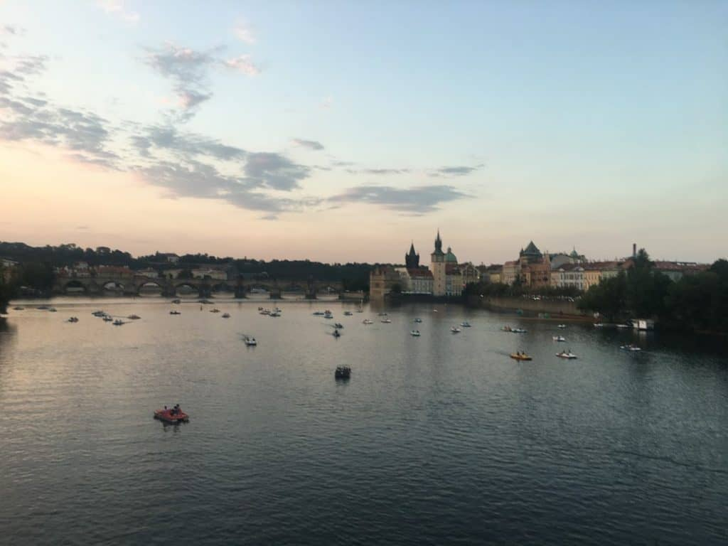 24 hours in prague night