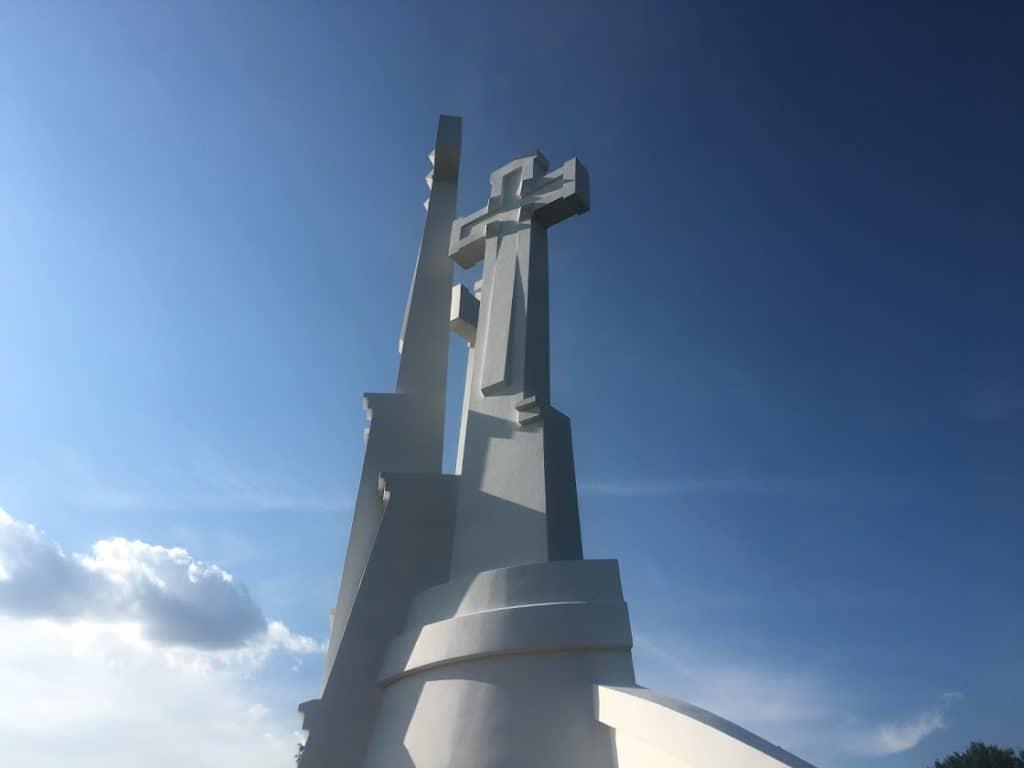 hill of crosses vilnius