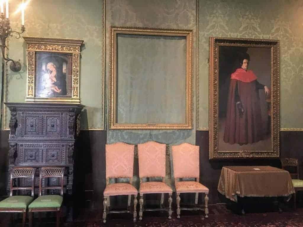 Isabella Stewart Gardner Museum empty frames