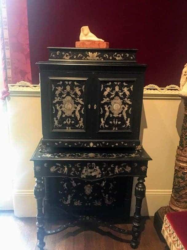Isabella Stewart Gardner Museum foot