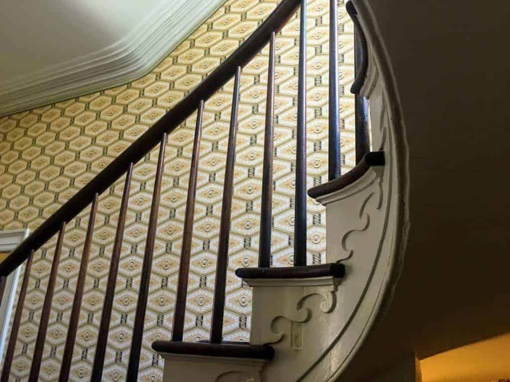 davenport house stairs
