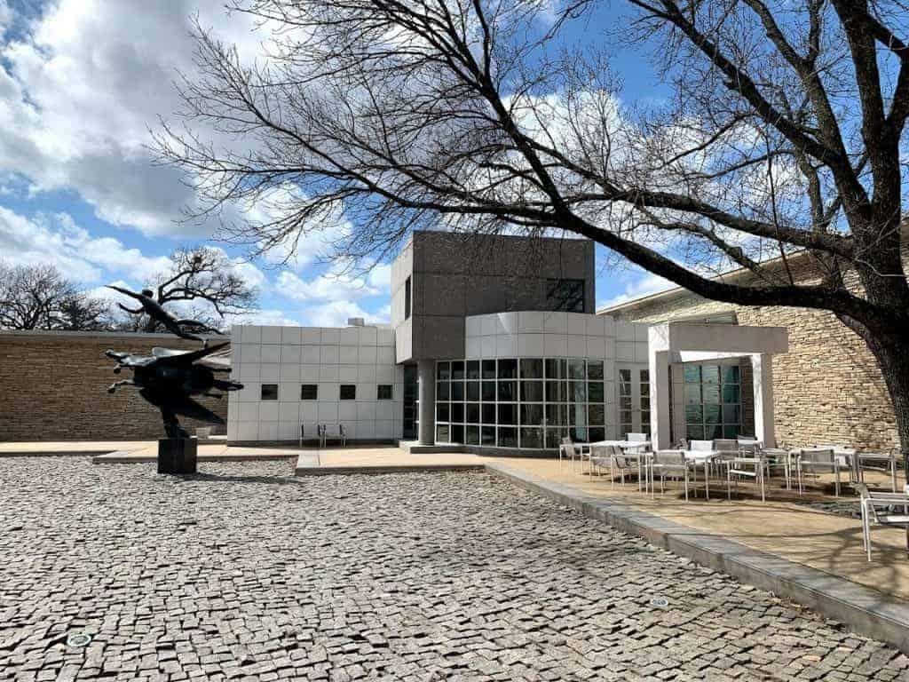 des moines museums