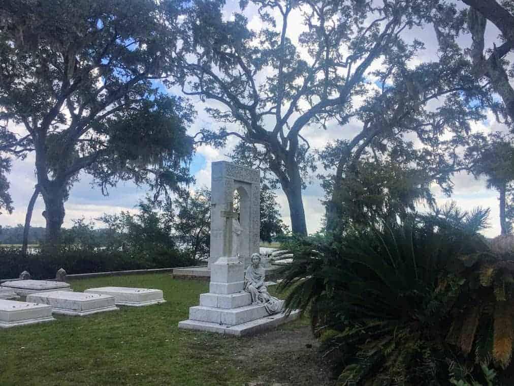 corinne lawton bonaventure cemetery
