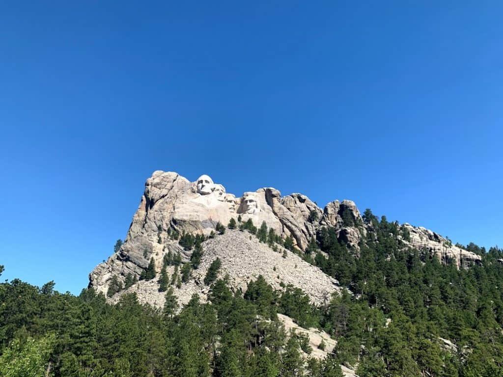 A Perfect Mount Rushmore Tour Day Trip 4