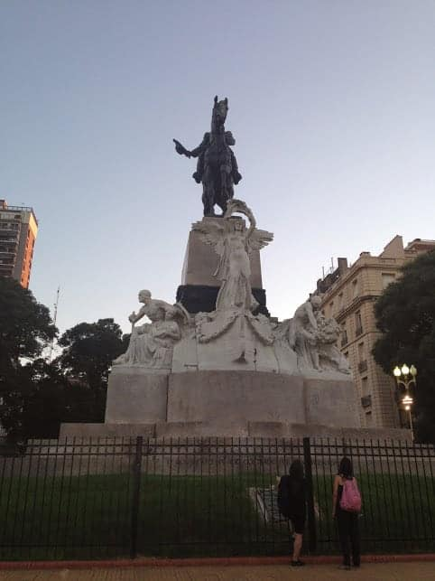 24 Hours: Best Things to Do in Recoleta 5